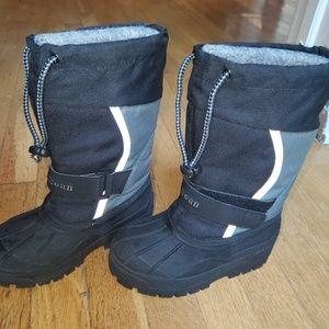 L.L.Bean snow kids snow boots